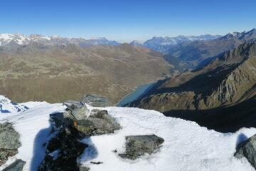 versante svizzero senza nebbia