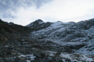 nel vallone comincia la neve fresca