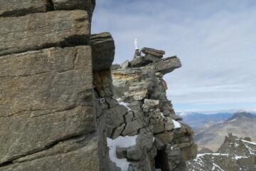 pochissima neve sulla cresta finale