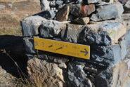 Le indicazioni per il Passo di Planaval al Rifugio Deffeyes